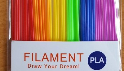 60x 0,25m - PLA Sticks - Regenbogen